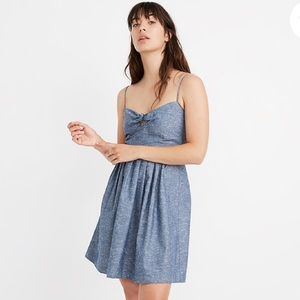 Madewell chambray tie front dress size 2